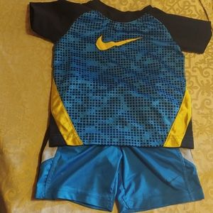Nike boys outfit 3T